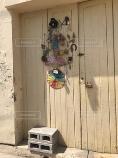 木製ドアの写真・画像素材[1009006]
