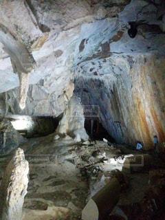 近くの岩のアップの写真・画像素材[1009114]