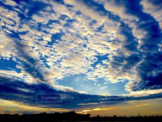 空には雲のグループ - No.1018870