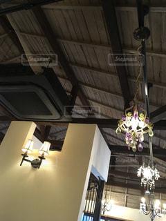 国分寺の美味しいケーキ屋さんの天井ですの写真・画像素材[1012819]