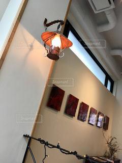 店内。ランプの写真・画像素材[1100372]