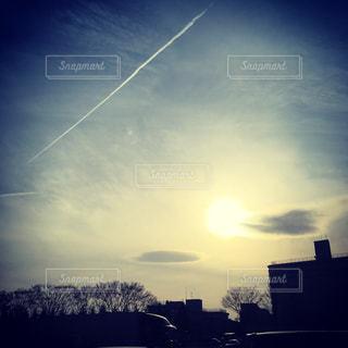 帰り道の飛行機雲✈️の写真・画像素材[1059166]