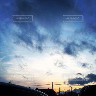 空と影の写真・画像素材[1109138]