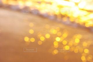 夕日と海のキラキラの写真・画像素材[1011999]