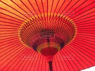 赤い和傘の写真・画像素材[1012322]