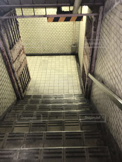 地下道の出入り口の写真・画像素材[2952874]