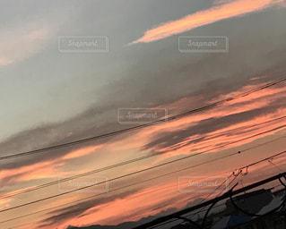 空には雲のグループの写真・画像素材[1017406]