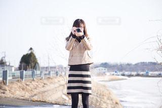 カメラ女子の写真・画像素材[1087677]