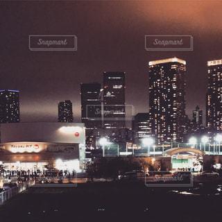 東京の夜、ライブハウスの写真・画像素材[1042575]