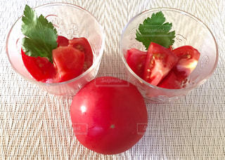 真っ赤なトマトの写真・画像素材[1017947]