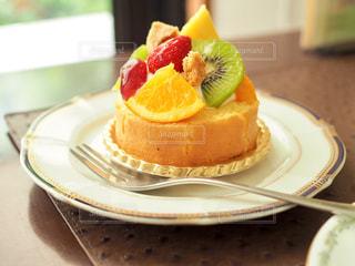 フルーツたっぷりケーキ - No.1193918