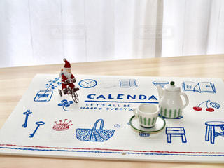 サンタとカレンダーの写真・画像素材[1598778]