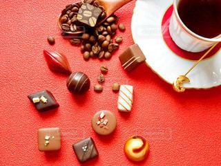 チョコとコーヒーの写真・画像素材[1758611]