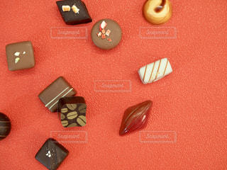 チョコと赤の写真・画像素材[1758647]