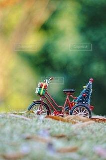 サンタさんの自転車の写真・画像素材[3956308]