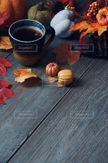 秋のコーヒータイムの写真・画像素材[4841316]