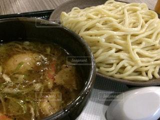 つけ麺を食すの写真・画像素材[1022794]