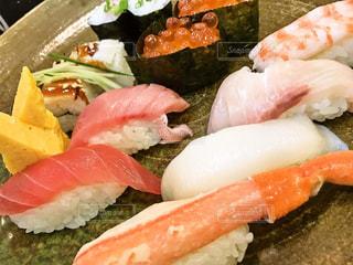 旬の寿司盛りの写真・画像素材[1022817]