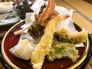 オコゼと海老の天ぷらの写真・画像素材[1022820]