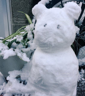 雪の山雪だるまの写真・画像素材[1019851]