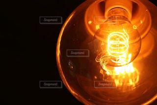 古い電球の写真・画像素材[1022127]