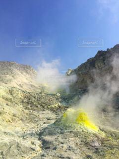 硫黄山にての写真・画像素材[1020454]