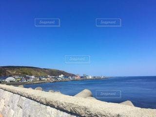 朝の沿岸の写真・画像素材[1021547]