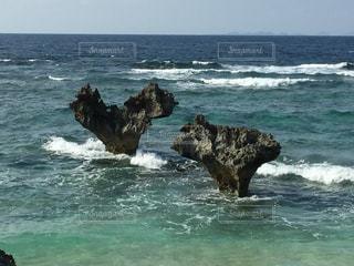 ハート岩の写真・画像素材[1021839]