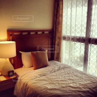 ベッドルームの写真・画像素材[1022061]