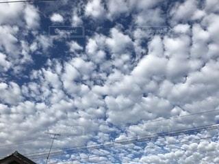 空の雲の群の写真・画像素材[2717172]