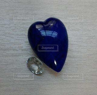 青いブローチみたいの写真・画像素材[1573967]