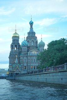 サンクトペテルブルクにある血の上の救世主教会の写真・画像素材[1022839]