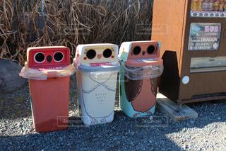 鳥模様のゴミ箱2の写真・画像素材[1024984]