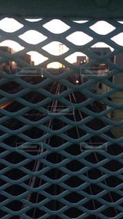歩道橋から見た線路の写真・画像素材[1024481]