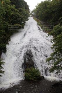 戦場ヶ原の滝の写真・画像素材[1023549]