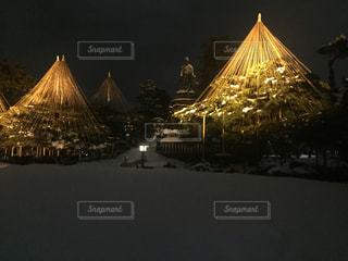夜の兼六園の写真・画像素材[1024073]