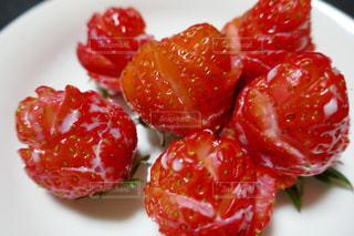 イチゴ薔薇カットの写真・画像素材[1038077]