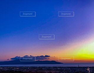 海に沈む夕陽の写真・画像素材[1027225]