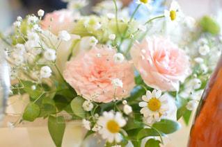 華やかな花束の写真・画像素材[1027863]