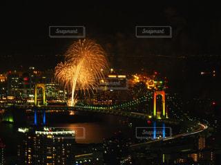 夜の街の景色の写真・画像素材[1690764]
