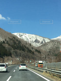 綺麗な雪山の写真・画像素材[1098738]