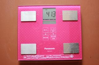 41.3kg 体重計の写真・画像素材[1244948]