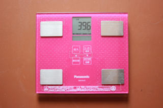 39.6kg 体重計の写真・画像素材[1244949]