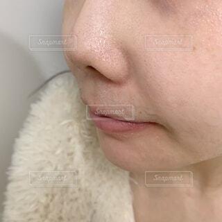 スッピンの毛穴肌の写真・画像素材[4208169]