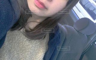 selfie を取る女性の写真・画像素材[1030470]