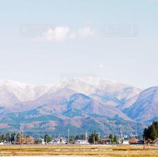 大きな山々の写真・画像素材[1039604]