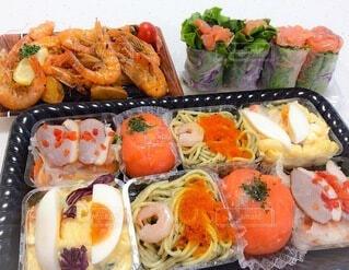 異なる種類の食べ物の写真・画像素材[4052180]