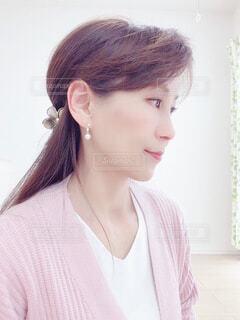 横顔の女性の写真・画像素材[4289234]