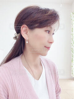 横顔の女性の写真・画像素材[4289235]