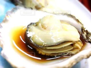 焼きたて牡蠣の写真・画像素材[1076333]